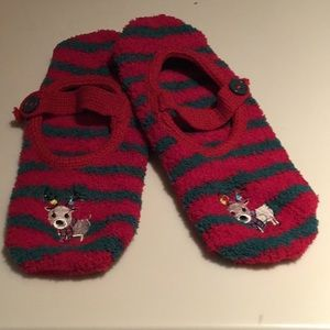 Shoes - Adorable Christmas slippers with no slide soles.